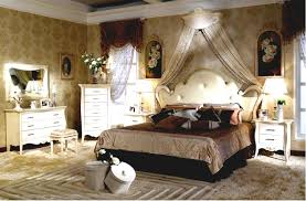 French Design Bedrooms Decor Awesome Bed Foot Cushion And Canopy - French design bedrooms