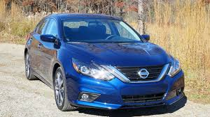 nissan altima apple carplay 2016 nissan altima first drive review