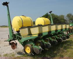 John Deere Planters by John Deere 7200 Max Emerge Ii Planter Item I7268 Sold A