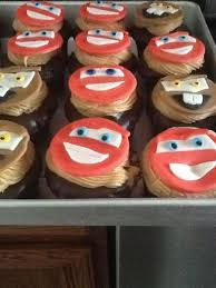 disney cars cupcakes lightning mcqueen and tow mater fondant toppers the cupcakes are a chocolate cupcake with salted caramel filling d cakecentral com