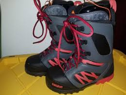 light up snowboard boots mens thirtytwo light up size 10 5 snowboard boots sports outdoors