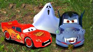 disney pixar cars lightning mcqueen funny scare prank dracula