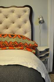 Diy Button Tufted Headboard Diy Button Tufted Headboard By Meguerite Http