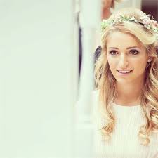 flower hair best 25 flowers in hair ideas on bridesmaid hair