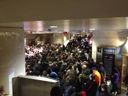 weather creates thanksgiving travel nightmare ny daily news