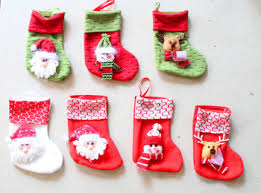 Christmas Tree Decorated With Stockings by Unbelievable Christmas Stocking Tree Decoration Strikingly