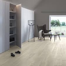 Natural Laminate Flooring Quickstep Classic 8mm Moonlight Oak Natural Laminate Flooring
