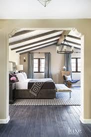 como es el dormitorio in english master bedroom spanish similiar