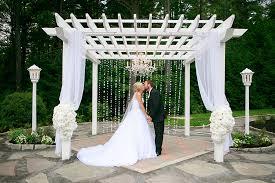 Elegant Backyard Wedding Ideas by Ultimate Elegant Backyard Wedding Strictly Weddings