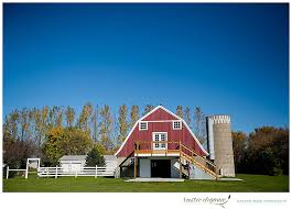 wedding planners mn minnesota wedding planner coops barn barn wedding rustic
