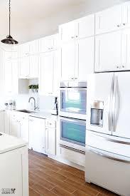 kitchen ideas with white appliances best 25 white appliances ideas on white kitchen