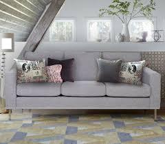coussin pour canapé gris 8 best quels coussins pour un canapé gris anthracite images on