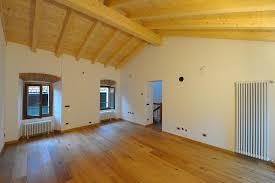 rivestimenti interni in legno pavimenti e rivestimenti a lecco e provincia