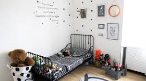 chambre bébé neuf idées déco pour une chambre de bébé garçon hellocoton