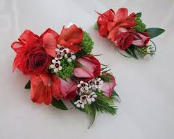 prom wrist corsage ideas 38 best prom flower ideas images on prom flowers