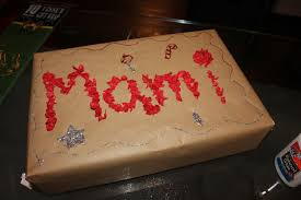 personalized wrapping paper activity for kids how to make personalized wrapping paper ladydeelg