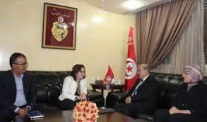 bureau emploi tn la représentante de l unops en tunisie reçue par le ministre de l