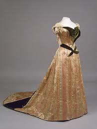 robe de mariã e beige robes imperiales de federovna tsarine de russie mère de