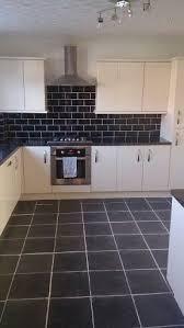 gloss kitchen tile ideas best 25 gloss kitchen ideas on gloss kitchen