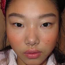 makeup artist sketchbook makeup artist thoms de kluyver on how he gets into the gloss