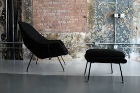 1st generation womb chair and ottoman by eero saarinen for knoll