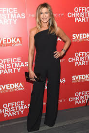 jennifer aniston looks chic at office christmas party premiere in