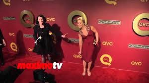 Elisabeth Rohm Celebrity Oops Elisabeth Rohm Trips And Falls Down On Red Carpet