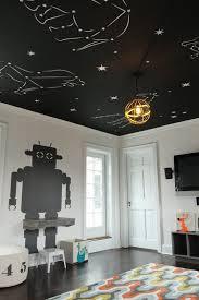 chambre ciel étoilé un plafond plein d étoiles dans une chambre enfant