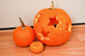 easy pumpkin carving ideas simple pumpkin carving using cookie cutters so here u0027s my life