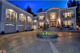 diddy s new york apartment on sale for 7 9 million mr goodlife diddy s mansion returns to the market realtor com