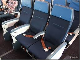 Klm Economy Comfort Klm U0027s Boeing 787 Offers New Cabins Connectivity Runway
