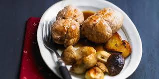 cuisiner des paupiette de veau paupiettes de veau au foie gras et aux cèpes recette sur cuisine