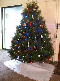 Homemade Christmas Tree by Easy Diy Christmas Tree Skirt