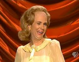 Kristen Wiig Memes - kristen wiig returning to saturday night live as host on may 11 tvline