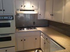 Viatera Quartz Countertops And Tiled Backsplash Design Kitchen - Quartz backsplash