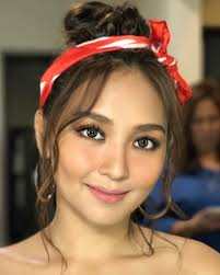 katrine bernardor hair color kathryn bernardo has the most gorgeous summer hairstyles star