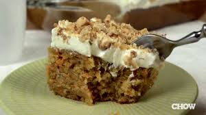 how to make an easy carrot cake with cream cheese frosting the