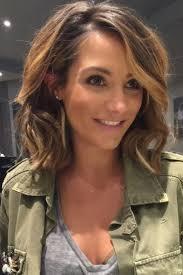coupe cheveux 2016 femme les 25 meilleures idées de la catégorie coupes cheveux mi longs