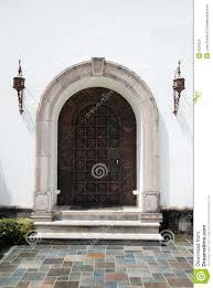 Keyhole Doorway Spanish Doorway Stock Photo Image Of Door Metal Square 8528326