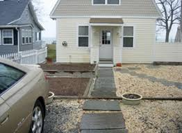 Pea Gravel Front Yard - catchy collections of landscapers challenge perfect homes