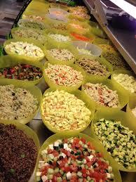 plat cuisiné a emporter plat du jour plat à l emporter salade salade fraîche traiteur