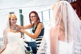 wedding dress shopping what you should before wedding dress shopping