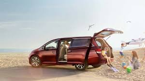 compare toyota to honda odyssey compare the 2017 odyssey minivans valley honda dealers