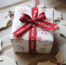 beautiful christmas wrapping paper 183 best gift wrapping ideas images on gifts wrapping