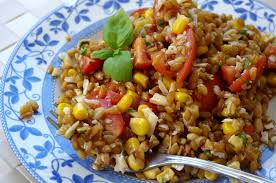 cuisiner le petit eautre petit épeautre en salade tomates cerises parmesan pignons de pin