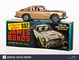 aston martin classic james bond corgi model car james bond 007 aston martin db5 with original