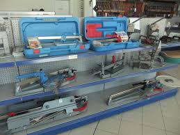 attrezzature per piastrellisti cardola macchine edili