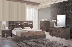 Zebra Bedroom Set Global Furniture Adel Grey Zebra Wood Queen Bedroom Set