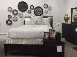 Bedroom Furniture Lansing Mi Younkers Expands Furniture Business To Meridian And Lansing Malls