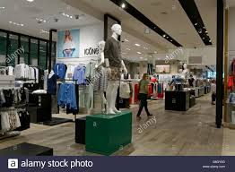 Home Decors Stores by Simons Clothing And Home Decor Store In The Park Royal Shopping